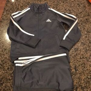 Adidas gray and white track suit size 3T